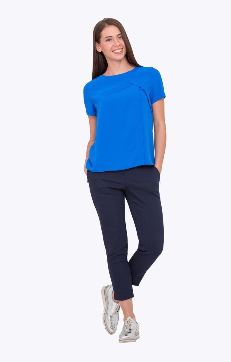 модные блузки весна лето 2019: с коротким рукавом синяя