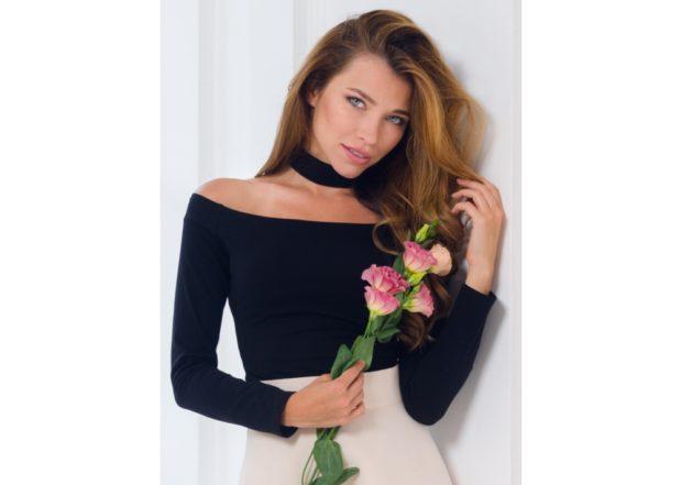 модные женские блузки весна лето 2019: с открытыми плечами черная рукав длинный