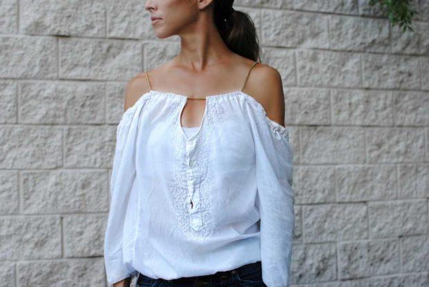 модные женские блузки весна лето 2019: с открытыми плечами белая рукав длинный