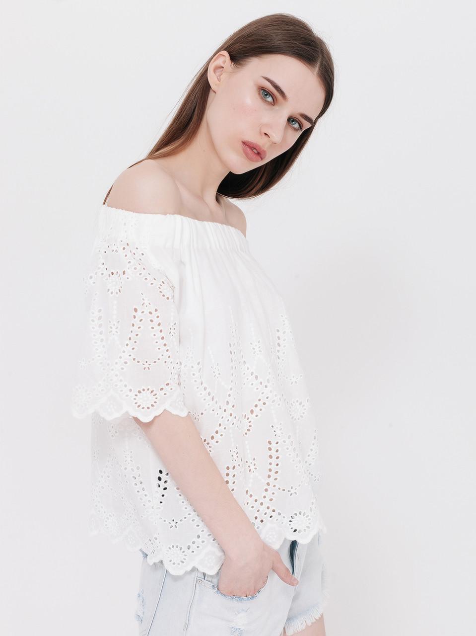 модные женские блузки весна лето 2019: с открытыми плечами белая кружевная рукав короткий