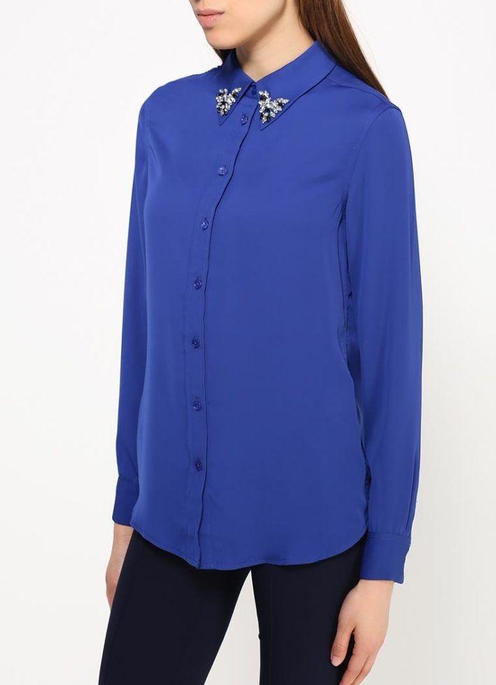 модные блузки весна лето 2019: с воротником синяя