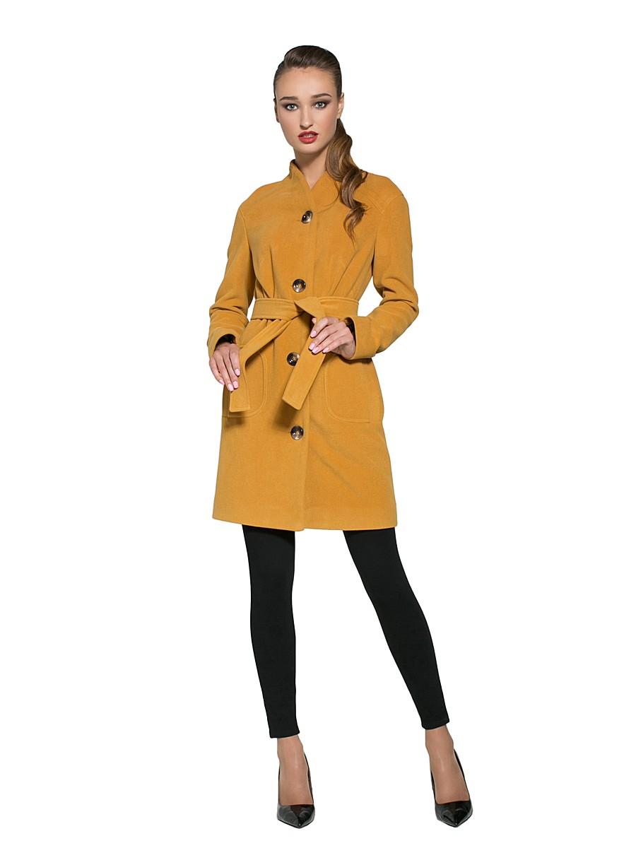 пальто весна 2019: желтое короткое под пояс