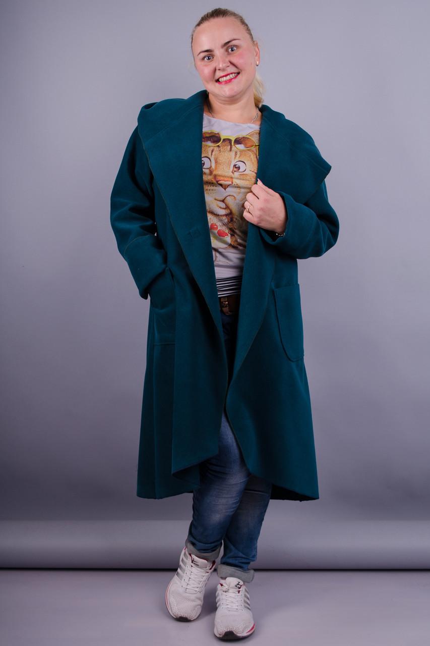 модные тенденции весна 2019 пальто: зелено-синее миди асимметрия