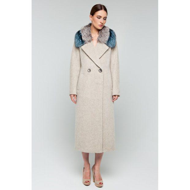 модные тенденции весна 2019 пальто: светлое воротник меховой