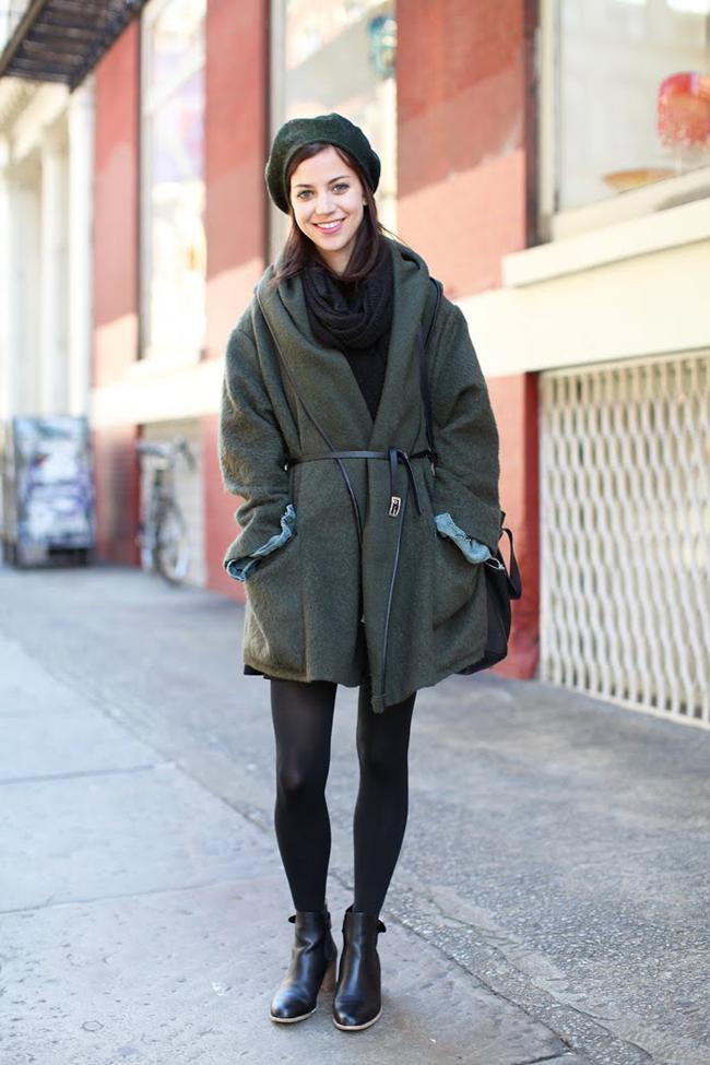 пальто куртки весна 2019: куртка серо-зеленая под тонкий пояс