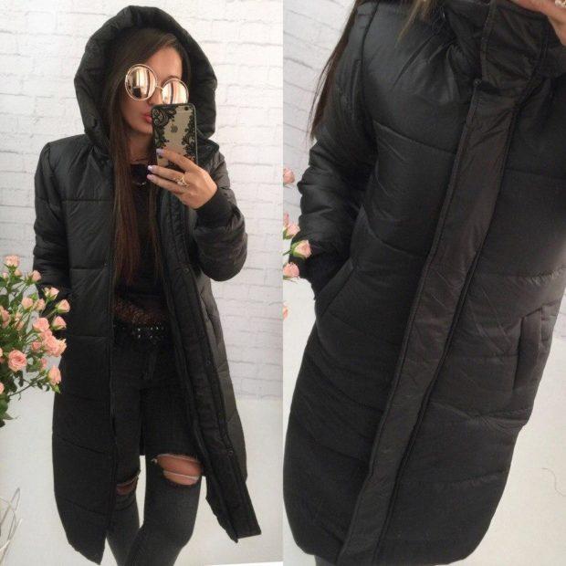 пальто на синтепоне весна 2019: черное с капюшоном