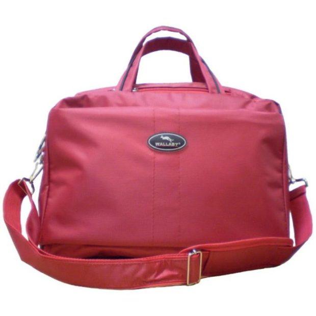 модные сумки весна лето 2019: дорожная красная мягкая