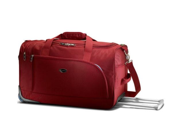 модные сумки весна лето 2019: дорожная красная большая с ручкой