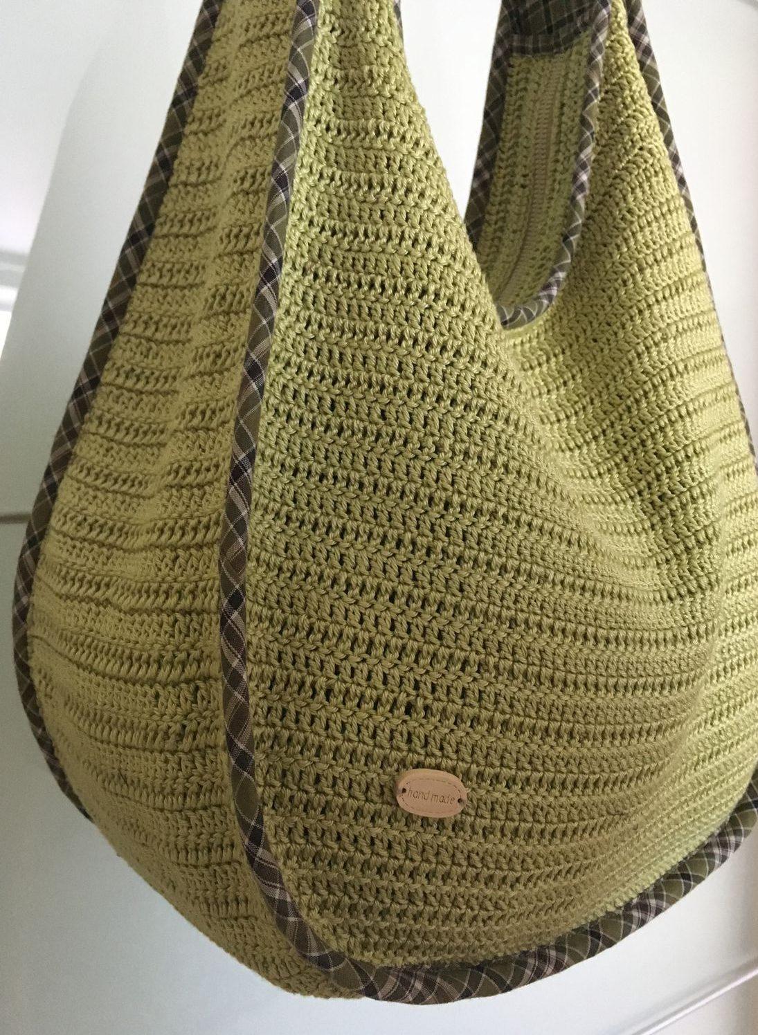 модные сумки лето 2019: вязаная мешок зеленая