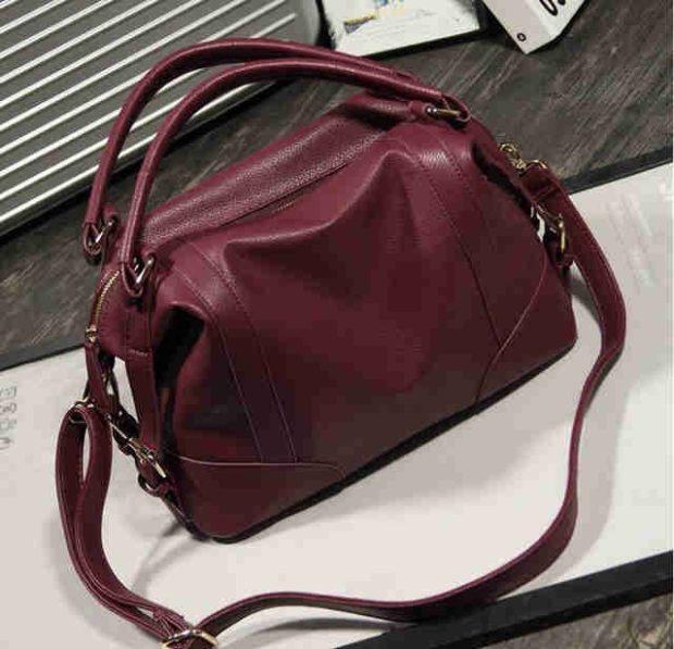 сумки лето 2019: мягкая бордовая
