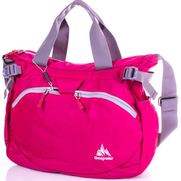 модные сумки весна лето 2019: спортивная розовая