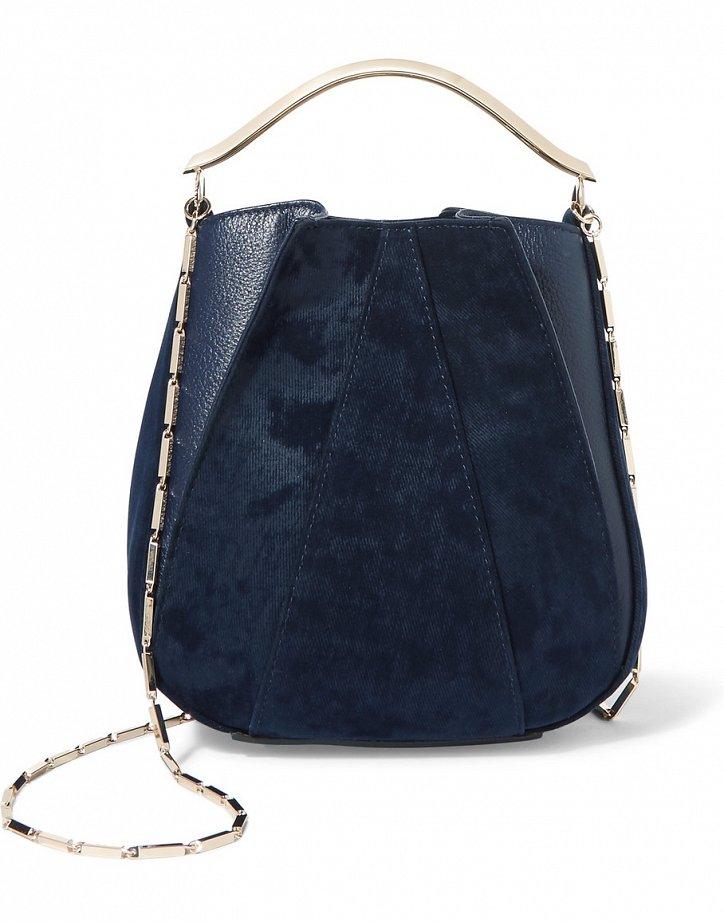 модные сумки весна лето 2019: мешок черная ручка цепочкой