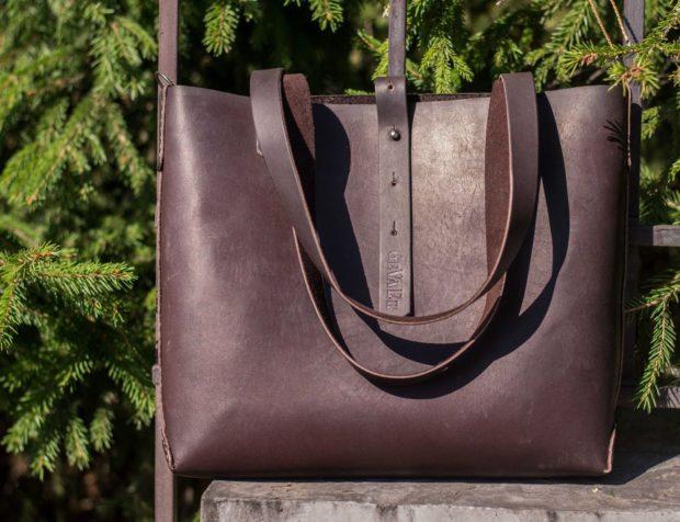 модные сумки весна лето 2019: шопперы коричневая