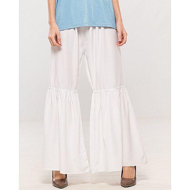модные брюки весна лето 2019: белые клеша