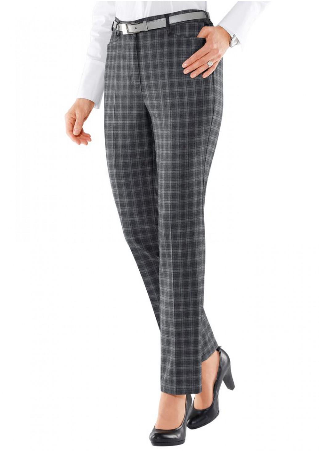 женские брюки весна лето 2019: классические серые в клетку