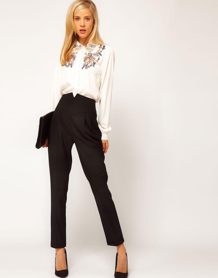 модные женские брюки весны лета 2019: с завышенной талией черные укороченные