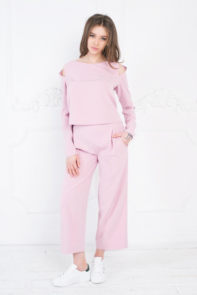 брюки весна лето 2019 года модные: кюлоты светло-розовые