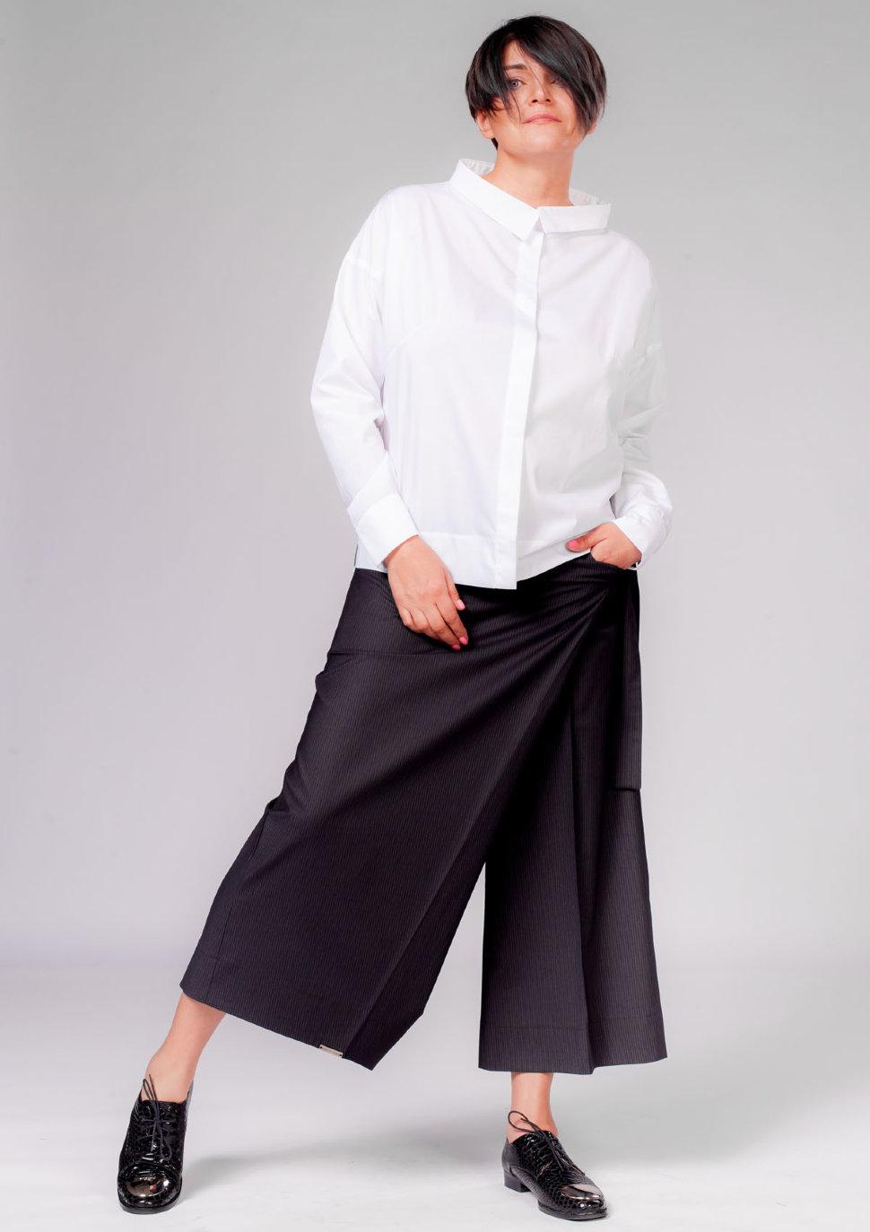 брюки весна лето 2019 года модные: кюлоты черные