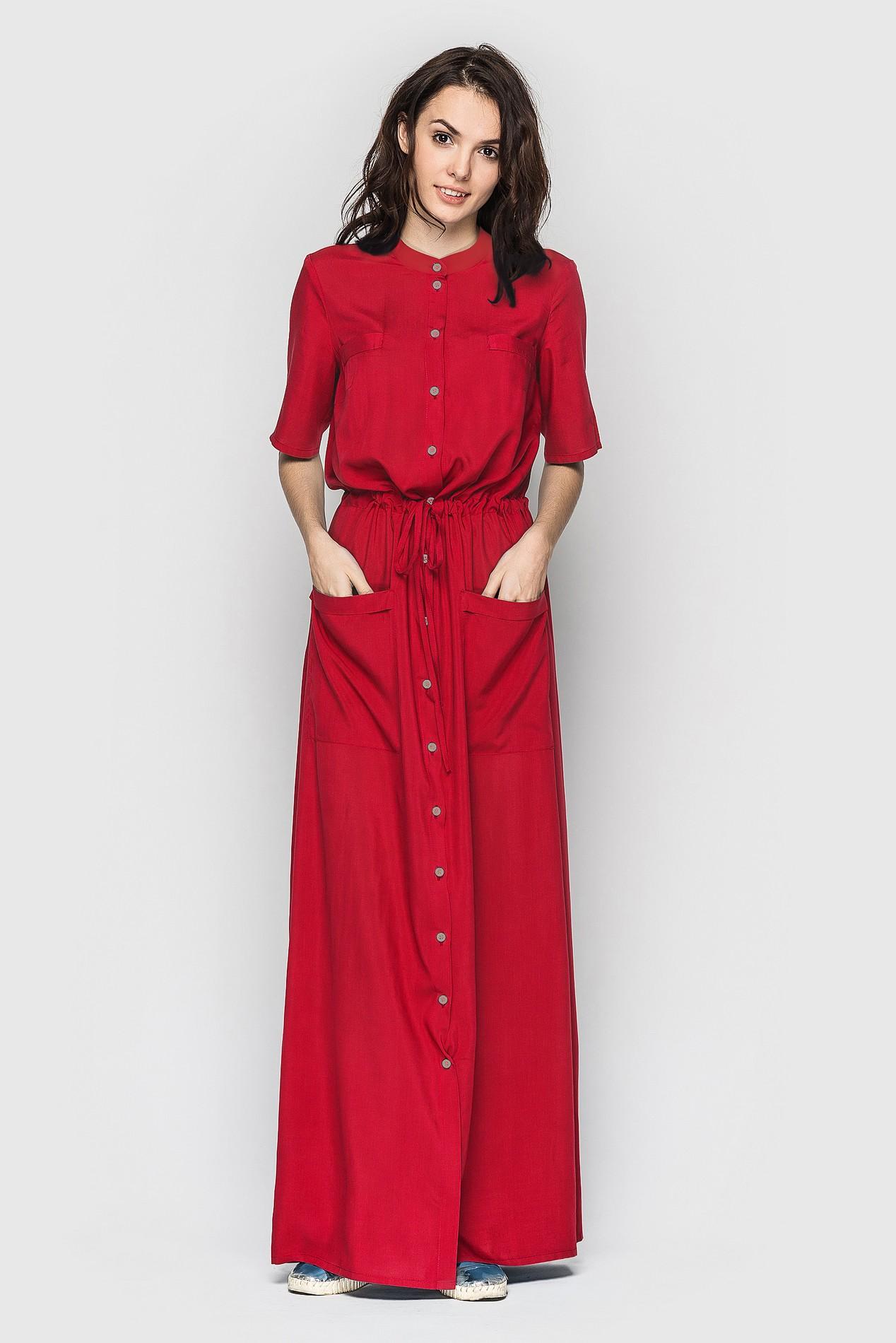 платье-рубашка макси красное