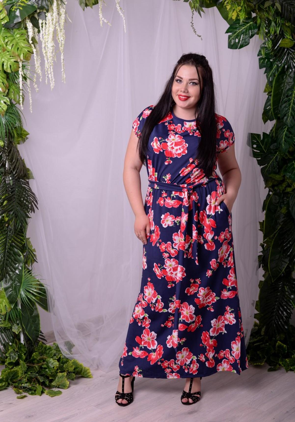 модные тенденции весна лето 2019: платье синее в цветы длина макси