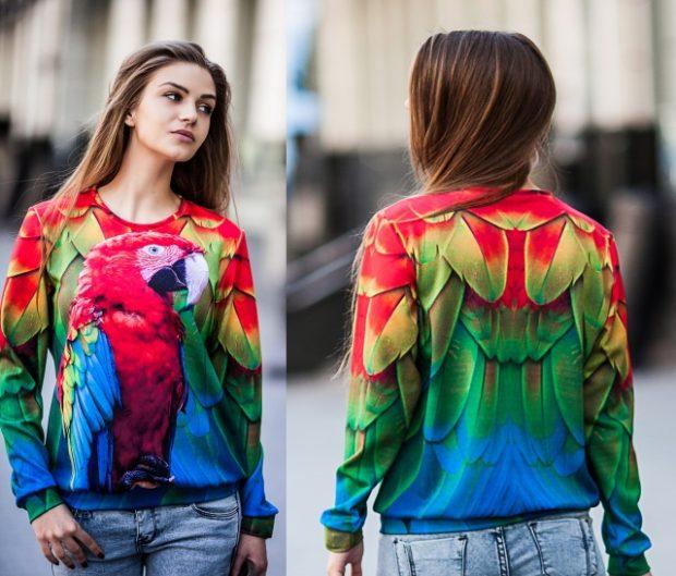 модные тенденции весна лето 2019: кофта с попугаем 3d