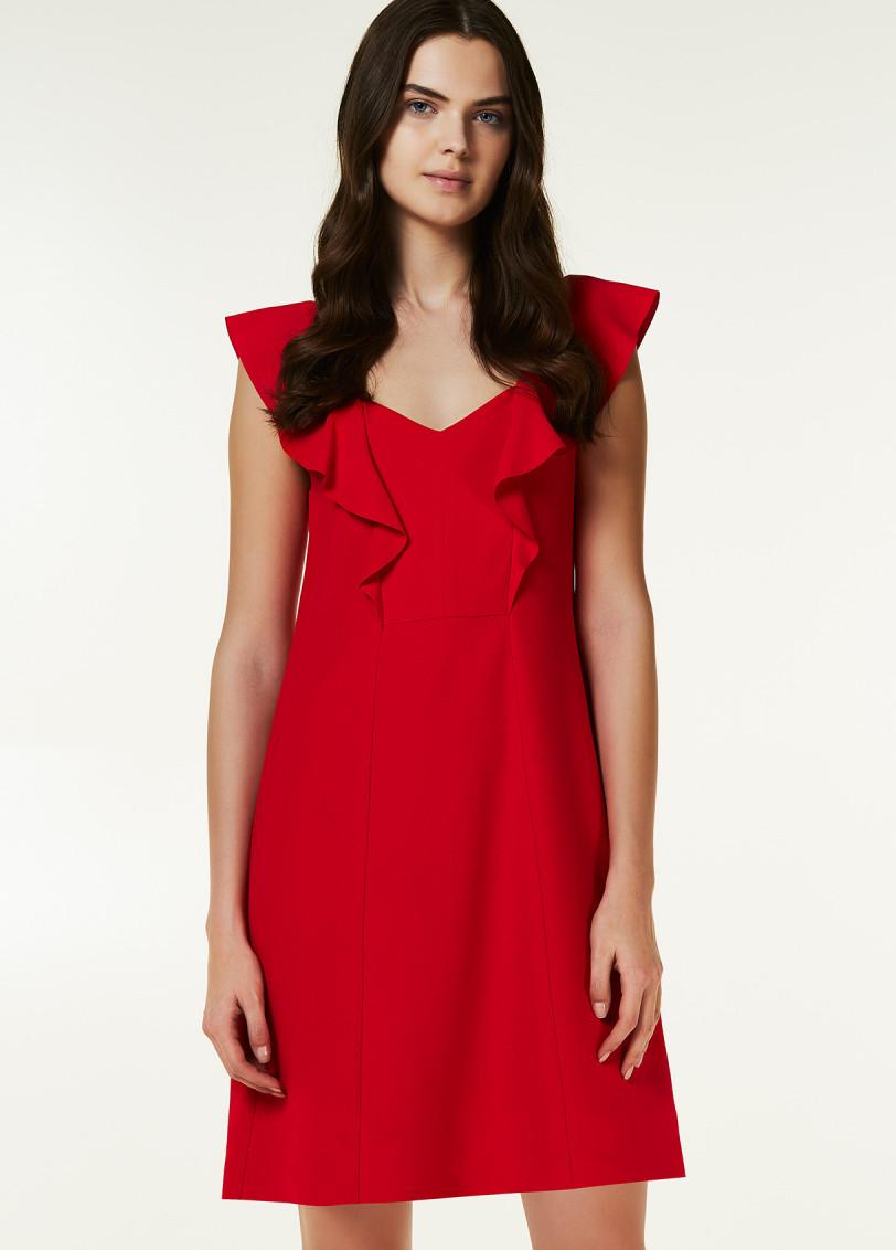 платье цвет чили с воланами