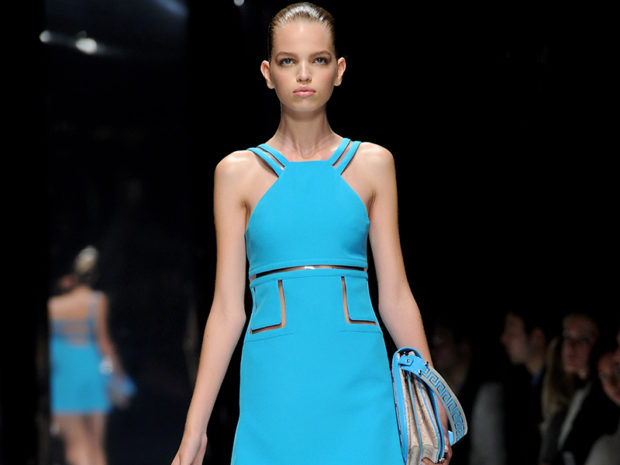 платье голубое открытые плечи