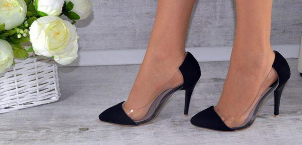 черные туфли лодочки с прозрачной вставкой