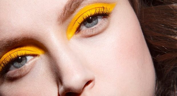 тени ярко-желтые