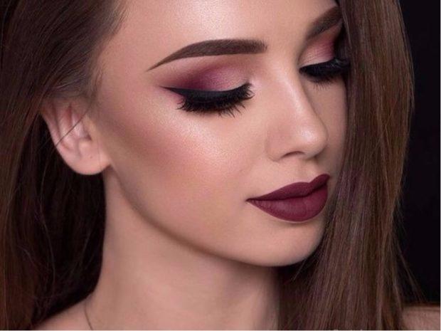 бордовый макияж тени губы в тон