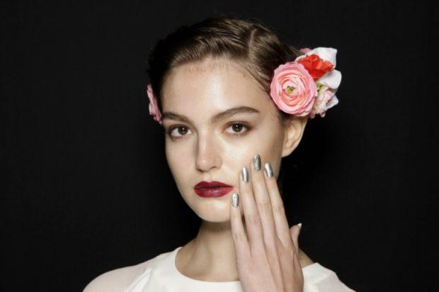 натуральный макияж губы бордовые