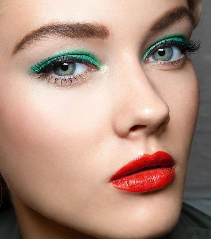 зеленые тени красные губы