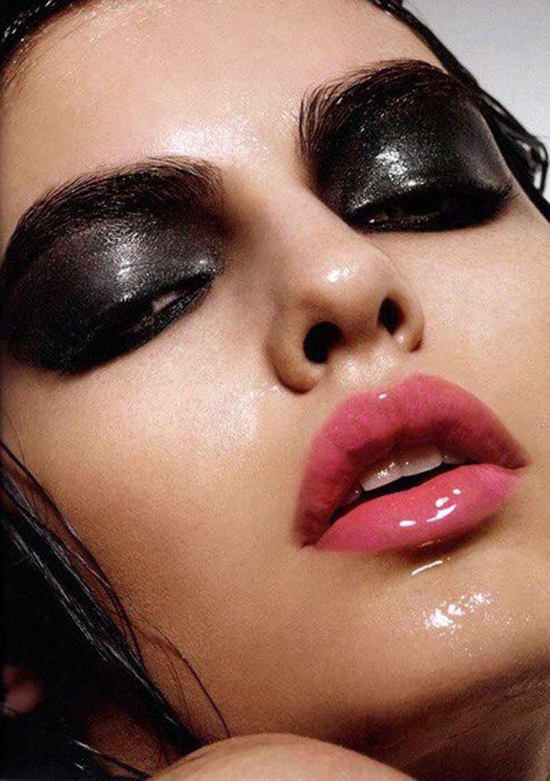 влажные губы розовые тени черные