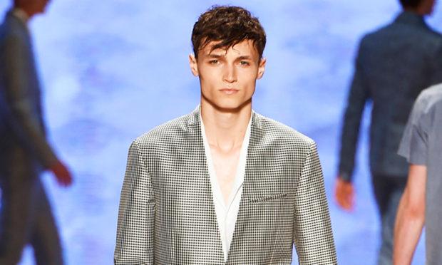 тенденции мужской моды весна лето 2019: пиджак черный с белым мелкая клетка