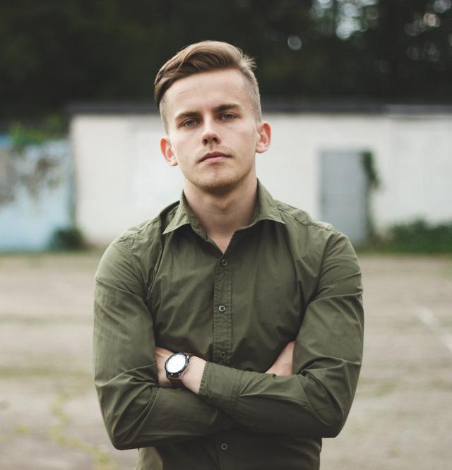 мужская мода весна 2019: рубашка хаки