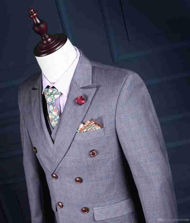 мужская мода весна 2019: серый двубортный пиджак