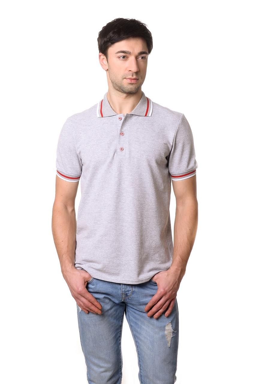 мужская мода весна 2019: серая футболка под светлые джинсы
