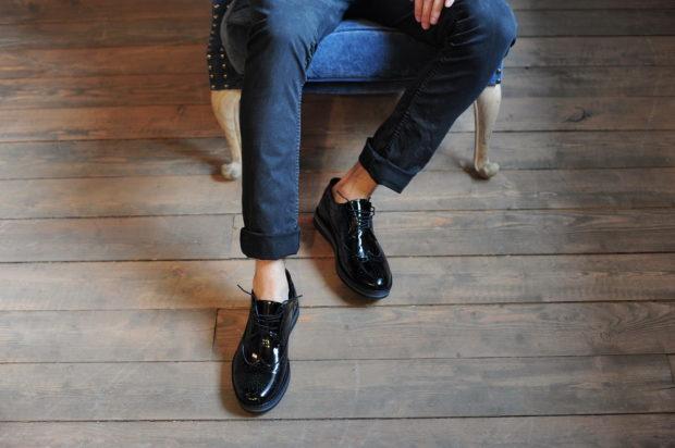 мужская мода 2019 весна лето: лаковые туфли классика