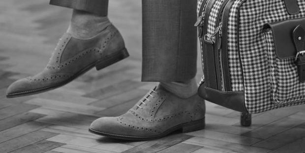 мужская мода весна 2019 основные тенденции: серые замшевые туфли