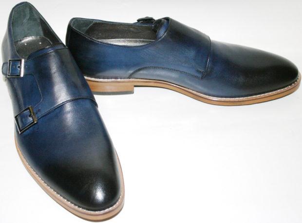 синие туфли с застежками