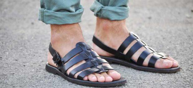 мужская мода весна 2019 основные тенденции: классические сандалии черные
