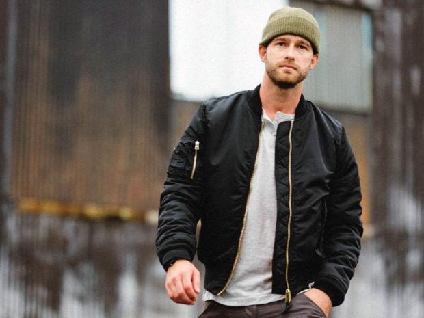 мужская мода весна 2019 основные тенденции: черная куртка бомбер