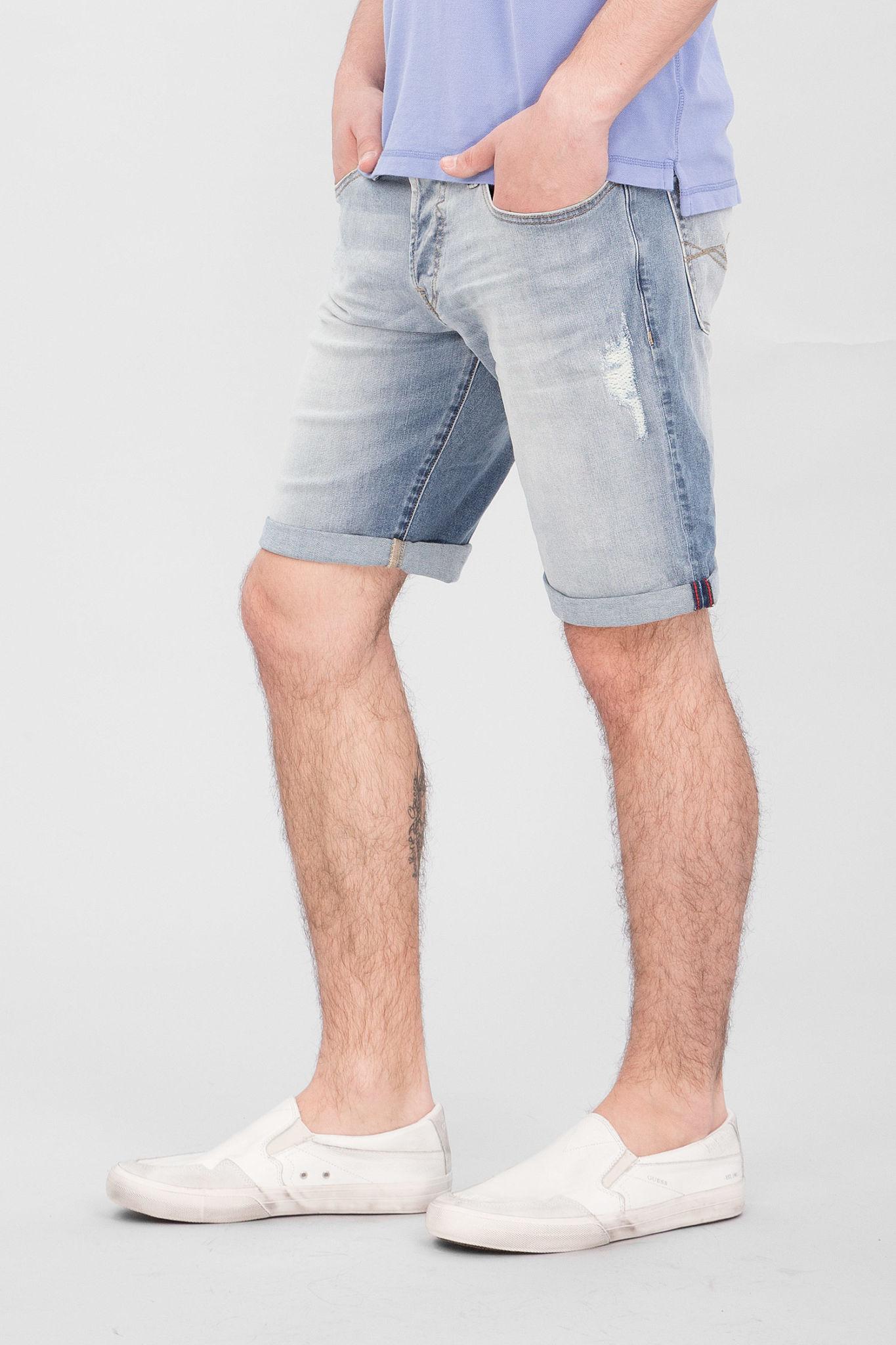 шорты из денима потертые