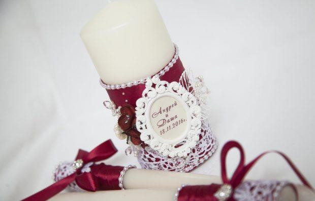 украшение свадьбы цвета марсала: свечи