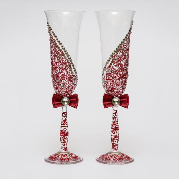 бокалы на свадьбу цвет марсала: с узором и бантиком