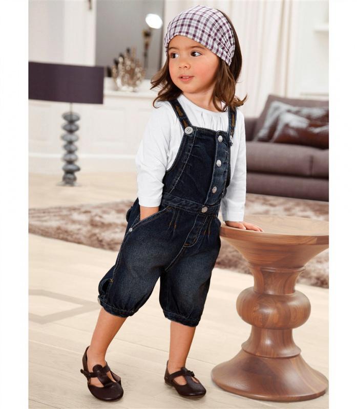 детская мода 2018 для девочек: черный джинсовый комбинезон
