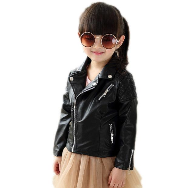 детская мода 2018 для девочек: косуха черная под юбку пачку коричневого цвета