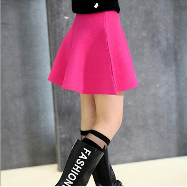 детская мода 2018 для девочек: яркая розовая юбка