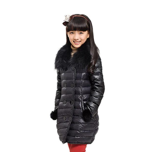 детская мода 2018 для девочек: пуховик черный стеганый с меховым воротом