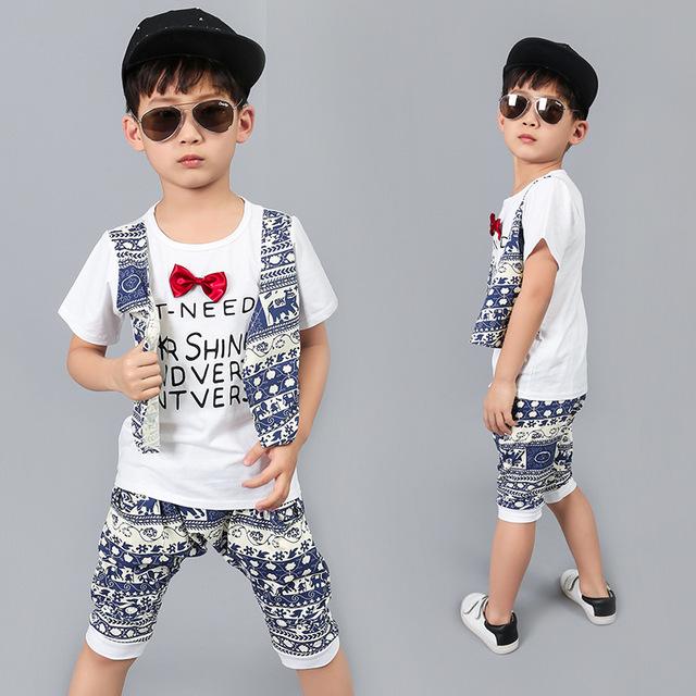 детская мода 2018: футболка-жилетка под шорты белые с узором синим